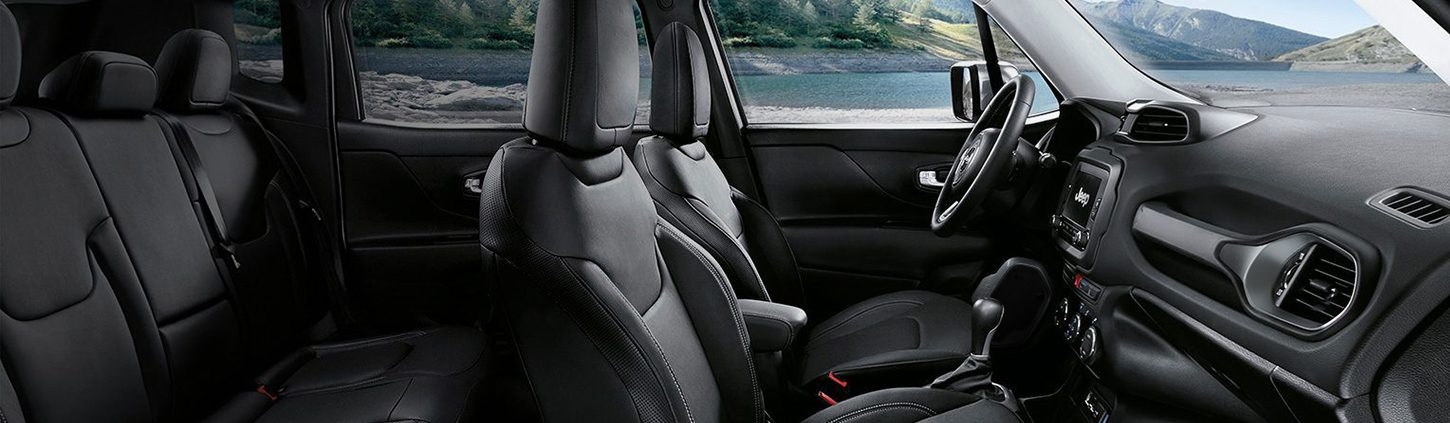 /content/dam/jeep/crossmarket/new-renegade-2019/Overview/05_interior/1450x423_Interior.jpg