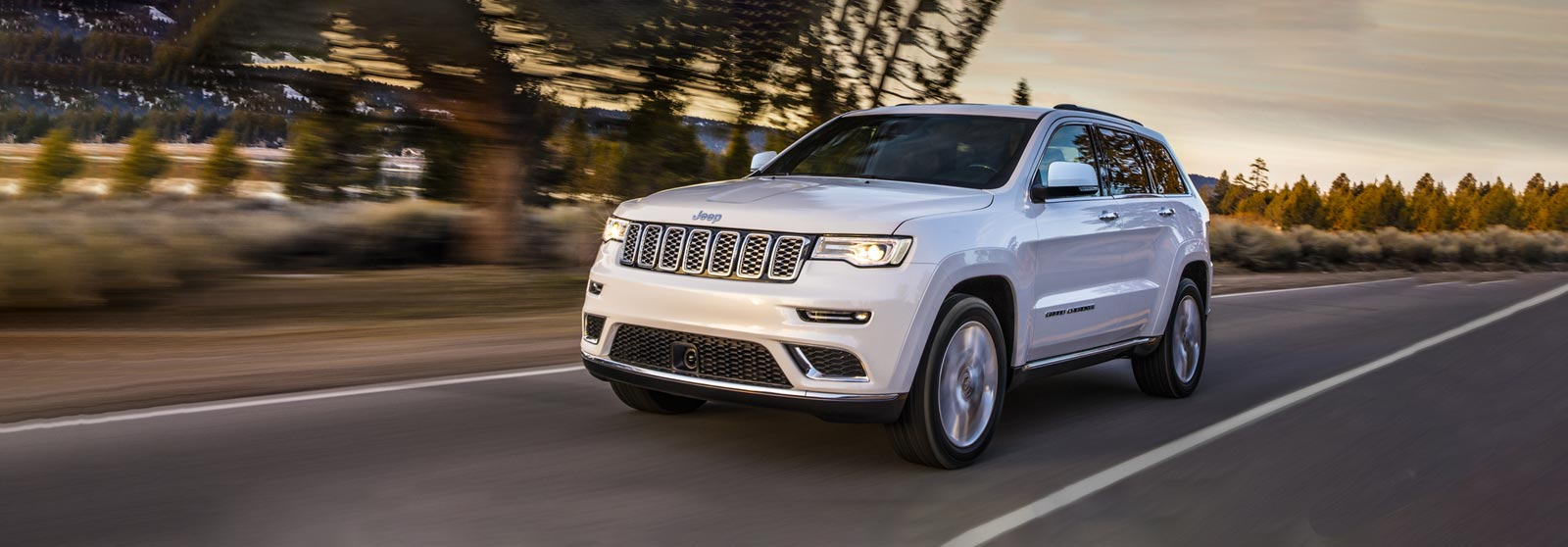 New Jeep Cherokee >> New Grand Cherokee The Most Awarded Suv Jeep Uk